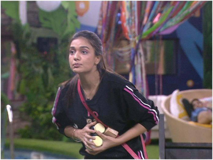 Bigg Boss OTT: Day 10 witnesses soaring high temperature in the house today! This week's Boss Man and Lady announced!!