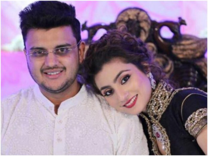 """""""The crux of our relationship is that the long-distance marriage is going smoothly,"""" reveals Kyun Rishton Mein Katti Batti's Neha Marda"""